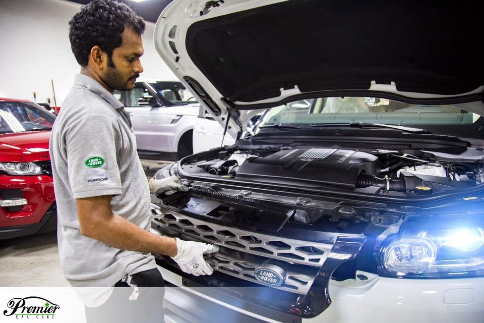 Reliable JLR Car Service Center in Dubai
